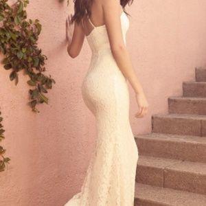 Lulu's ZENITH CREAM LACE MAXI DRESS M NWT